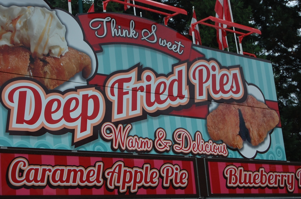 deep fried pies stand