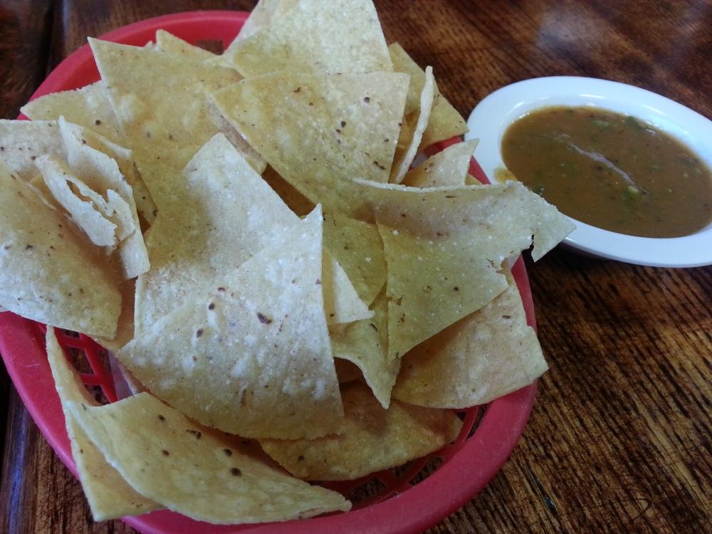 La Gloria - Chips and Salsa
