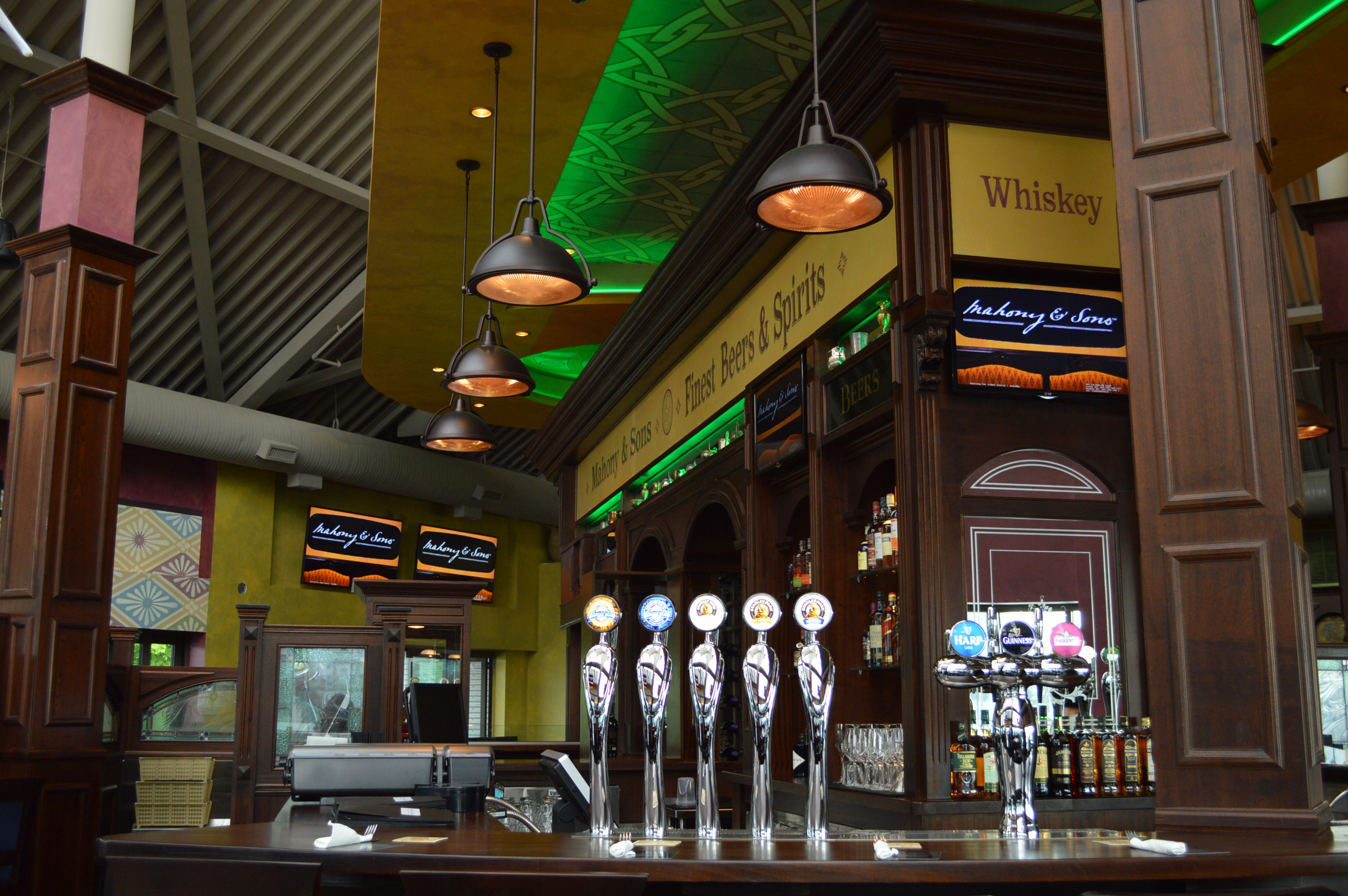 Mahony sons opens at stamps landing vancouver bits and for Bar food vancouver