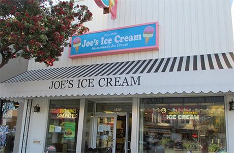 467876-chocolate-ice-cream