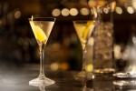 Martini_In_Bar_Baccarat