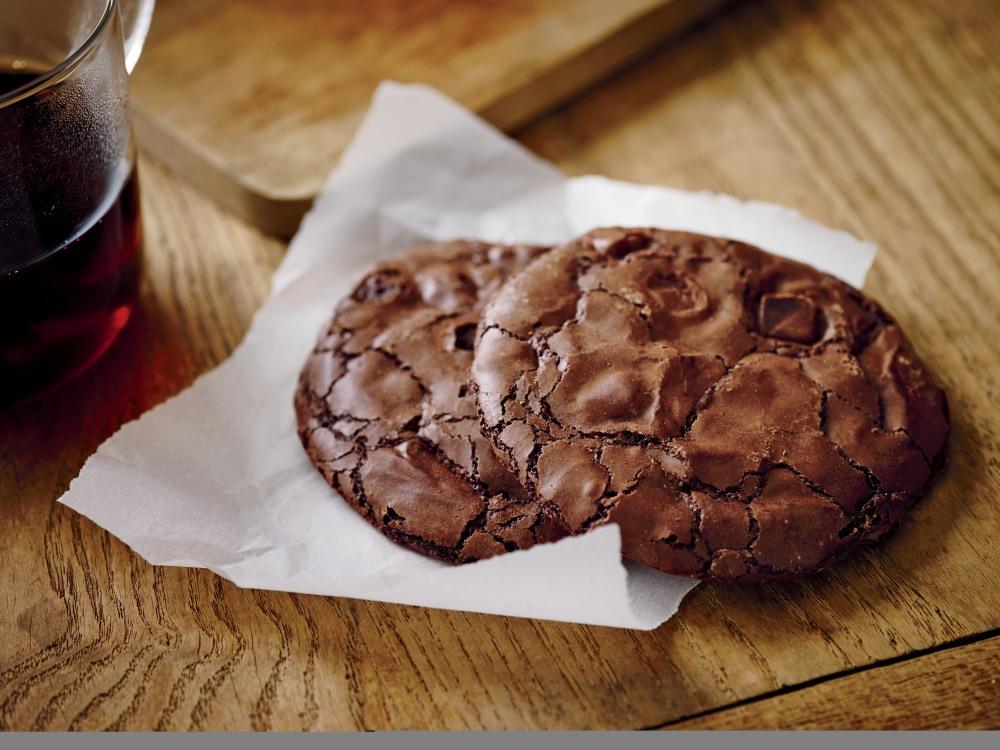 La Boulange Flourless Chocolate  Cookie copy