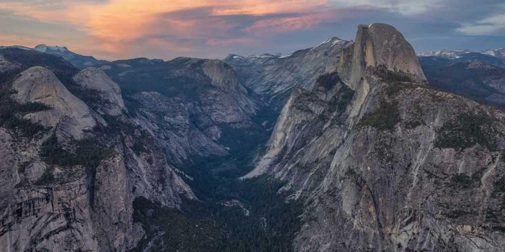 VCW_D_Yosemite_Hero_20140503_Yosemite_hero_1280x642_1