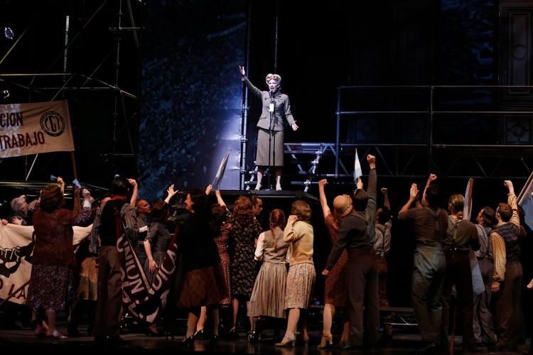 Photo Credit: Vancouver Opera